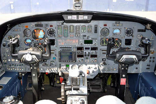 citation 2 cockpit